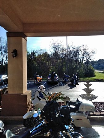 "Sleep Inn & Suites Montgomery: Bikes felt safre because this hotel is not out in the ""open"""