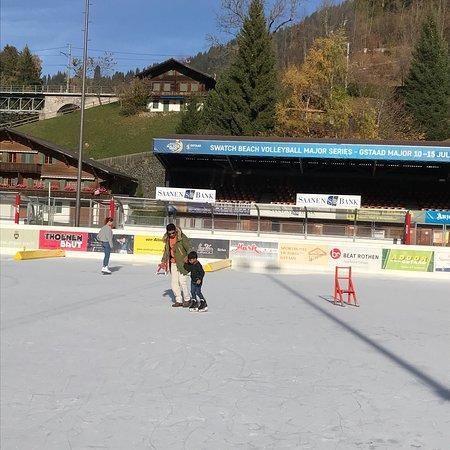 Sportzentrum Gstaad AG