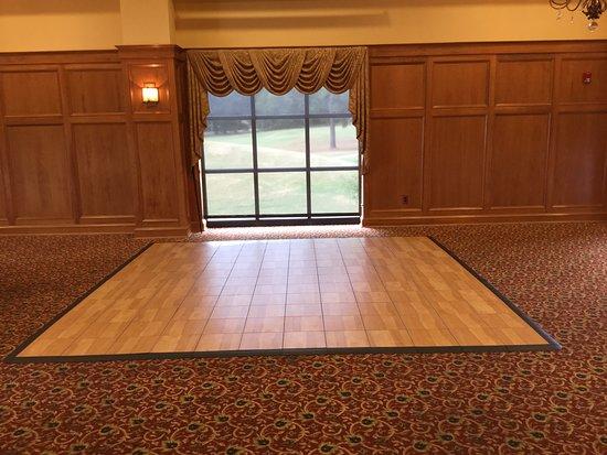 Columbus, MS: dance floor