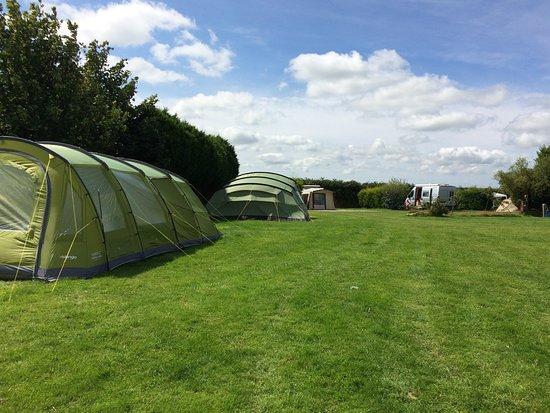 Lanivet, UK: Spacious pitches - main camping field