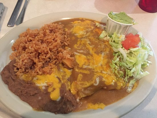 South Saint Paul, MN: Chicken enchilada plate with rice beans, salad & guac