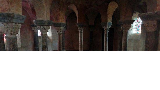 Chapelle St. Michel d'Aiguilhe: l'intérieur de la Chapelle