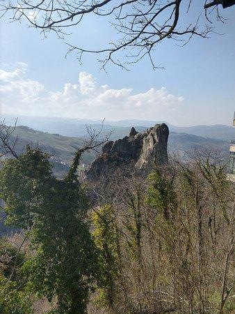 Guiglia, إيطاليا: Parco Regionale dei Sassi di Roccamalatina
