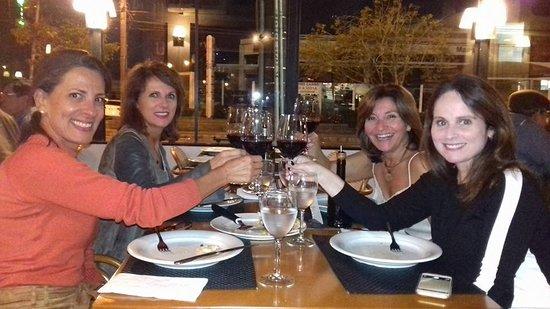 Forneria Catarina: Um brinde à amizade