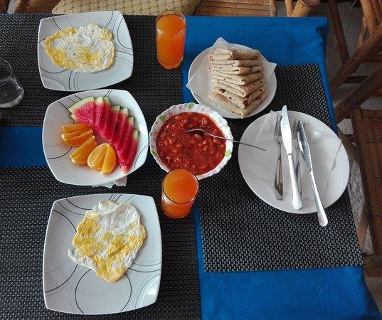 Sun Shine View: a nice maldivian breakfast