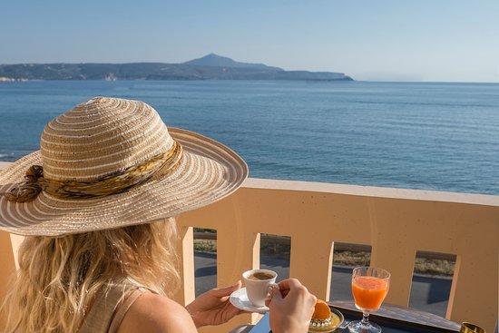 Porto Kalyves Hotel Seaside Apartments Photo