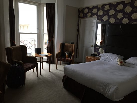 Queens Hotel: Our room