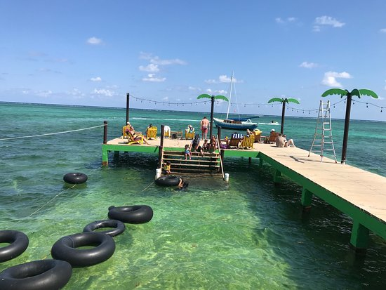 Palapa Bar and Grill: Inner tubes at the end of the dock. Great place to hang, swim and enjoy some beers