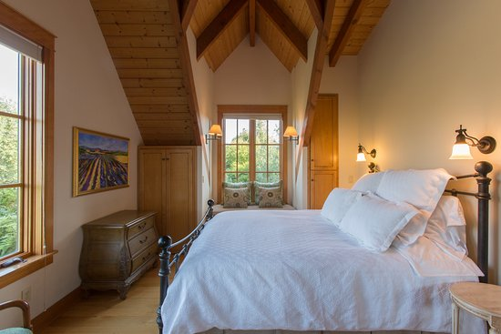 Bedroom At Garden Suite Picture Of Red Ridge Farms Dayton