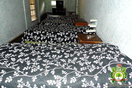 San Marcos, Nicaragua: habitación con 5 camas unipersonal hotel boutique y restaurante hacienda san pedro