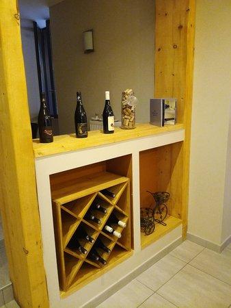 La Valla-en-Gier, ฝรั่งเศส: Des vins locaux...