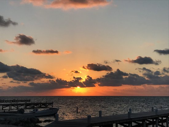The Palms Oceanfront Suites: Sunrise from the dock