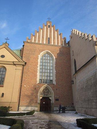 Franciscan Church (Kosciol Franciszkanow) : Ingresso