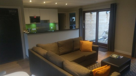 Living Room Center Bedford In.Living Room And Kitchen Lodge Picture Of Center Parcs