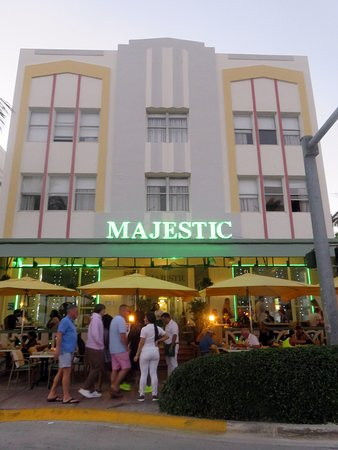 Majestic Hotel South Beach Patio Dining At
