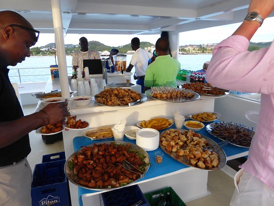 Cap Estate, Saint Lucia: Sunset cruise - Fridays for hotel guests