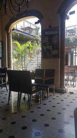 Hennessy's Irish Pub: IMG_20180314_120453992_large.jpg