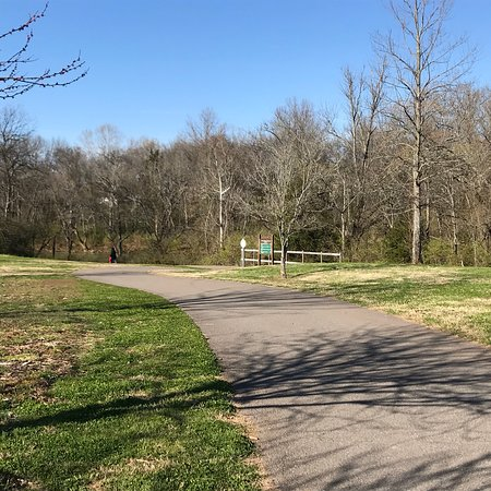 Murfreesboro, TN: General Bragg Trailhead