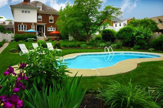 Mount Joy, Pensilvanya: Relax in our seasonal, in-ground pool.