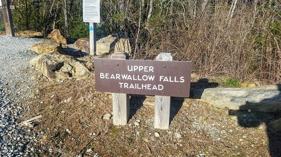 Lake Toxaway, Βόρεια Καρολίνα: Upper Bearwallow Falls Trailhead