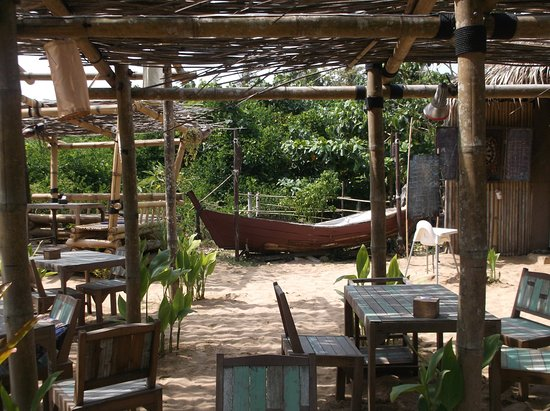 Bamboo Bay Resort: Restaurant du resort