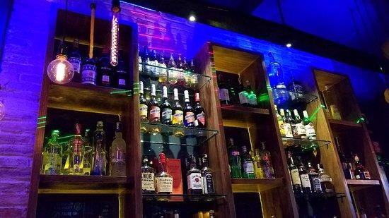 Thi Bar