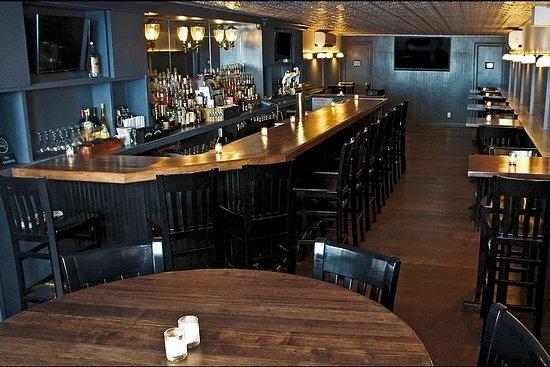 Gramercy Park Bar & Grill