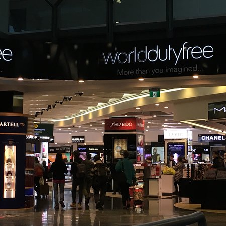 ‪‪Richmond‬, كندا: World Duty Free‬