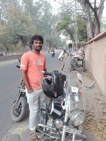 Avenger 220cc on road price in bangalore dating 4
