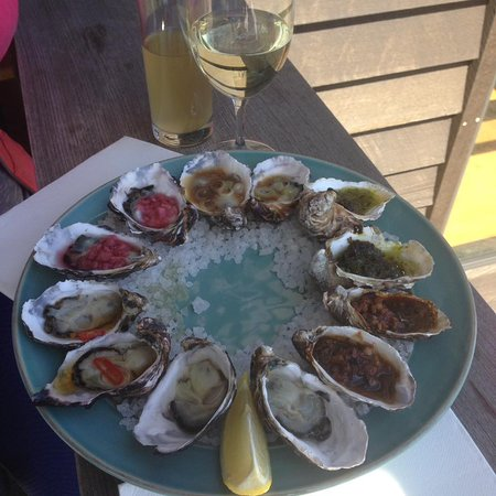 Dunalley, Australien: assorted oysters