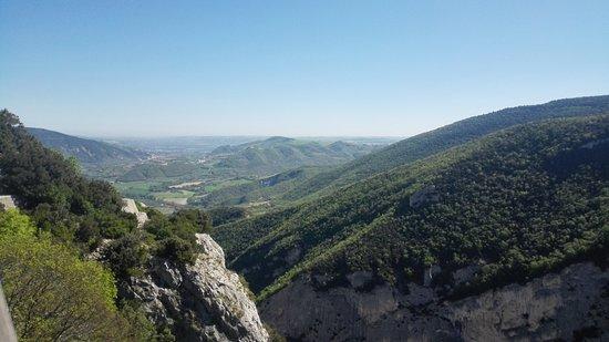 Provincia di Pesaro e Urbino, Italia: In fondo il mare
