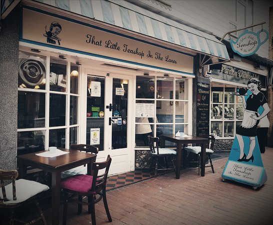 That little teashop in the lanes brighton restaurant for Piscine brighton