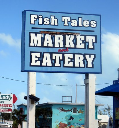 Fish Tales Market & Eatery : street sign