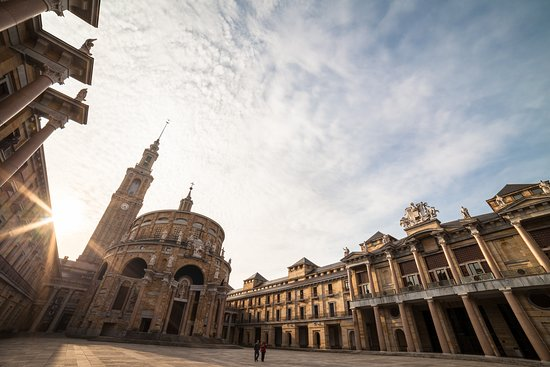 Gijón, Espagne : Laboral Ciudad de la Cultura (R. Egea)