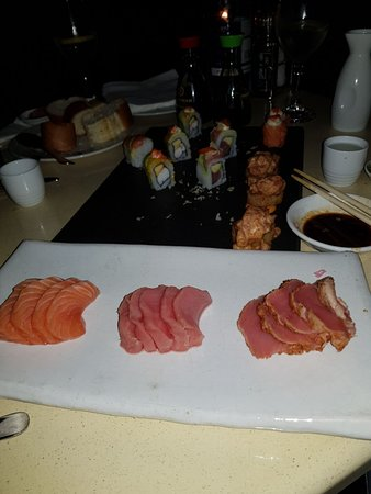 Cape Town Fish Market: sashimi and sushi