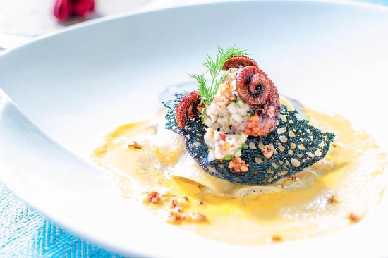 Au Cap, سيشيل: Trio zourit - Winner dish of the national culinary contest starter 2017