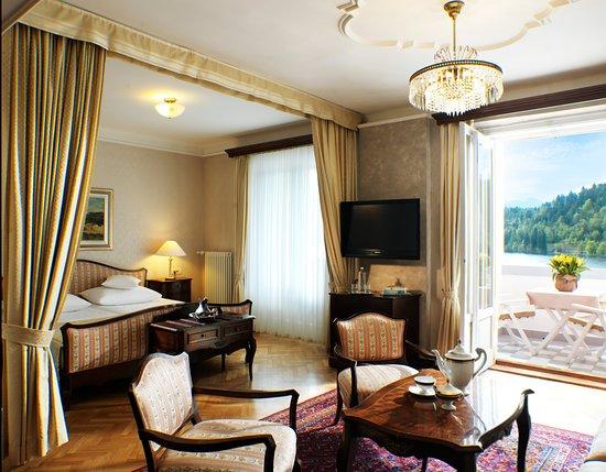 Grand Hotel Toplice: Lake view suite