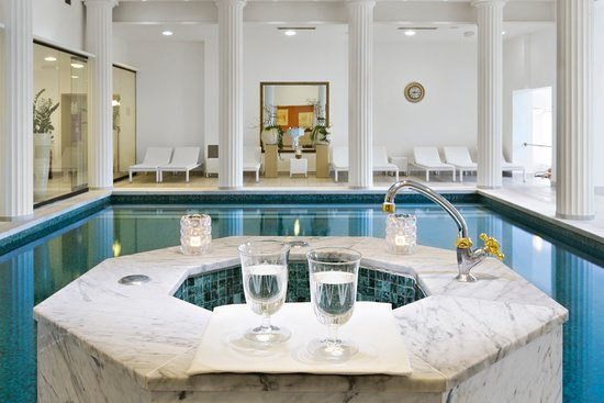 Grand Hotel Toplice: The thermal water at the Luisa Wellness Studio