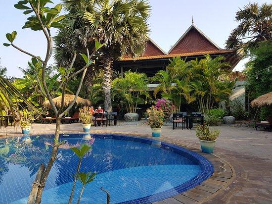 Battambang Resort: 20180315_081203_large.jpg