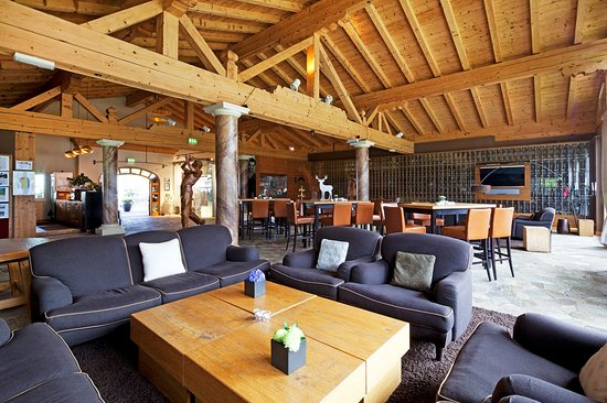 Grand Tirolia: Golflounge with TV and Pooltable