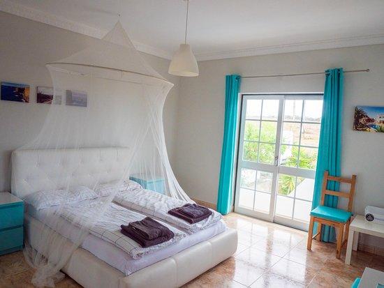 Pool - Picture of Living Lodge Portugal, Aljezur - Tripadvisor