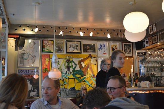 Café Englen: plenty art