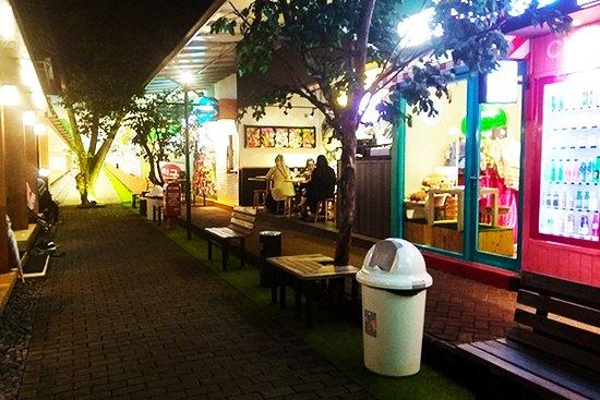 Beberapa Makanan Yang Ditawarkan Di Chingu Cafe Picture Of