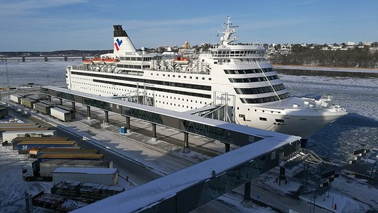 Isabelle from Stockholm to Riga - Picture of Tallink and Silja Line - Cruises, Helsinki ...