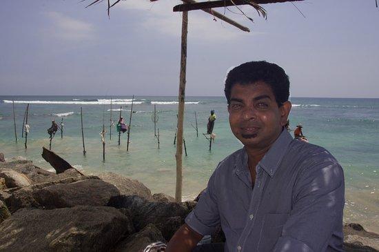 Maharagama, Sri Lanka: Harsha and the fishermen