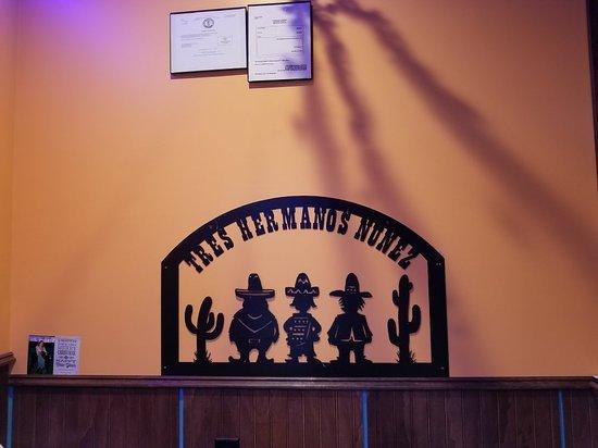 Olive Hill, KY: Tres Hermanos Nunez