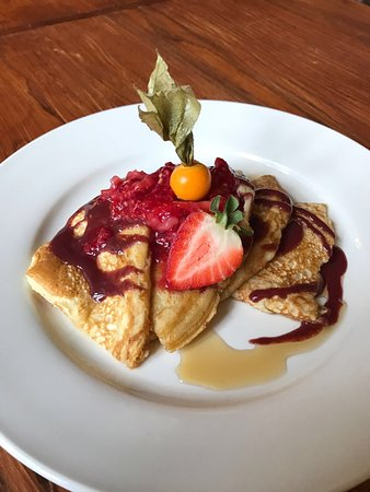 The Vaults Pub and Bed & Breakfast: Breakfast Pancakes
