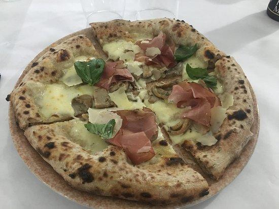 Venetico, Itália: Pizza