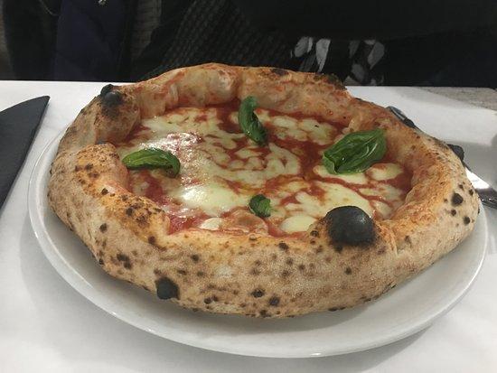 Venetico, Italia: Pizza Margherita