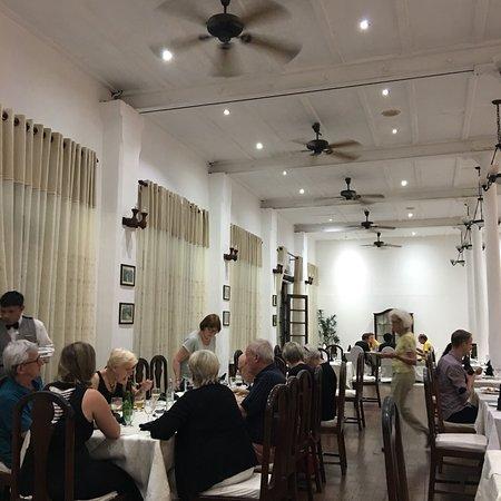 Queens Hotel Kandy: photo0.jpg